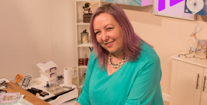 Meet our newest Hochanda presenter, Sharon Curtis!